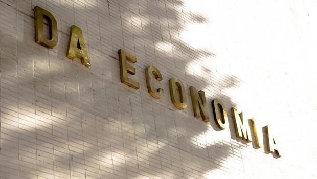 Arrecadação aumenta em 25 estados e no Distrito Federal, aponta Tesouro