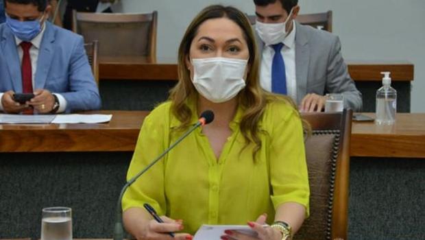 Assembleia aprova proposta que proíbe cortes de água e luz na pandemia