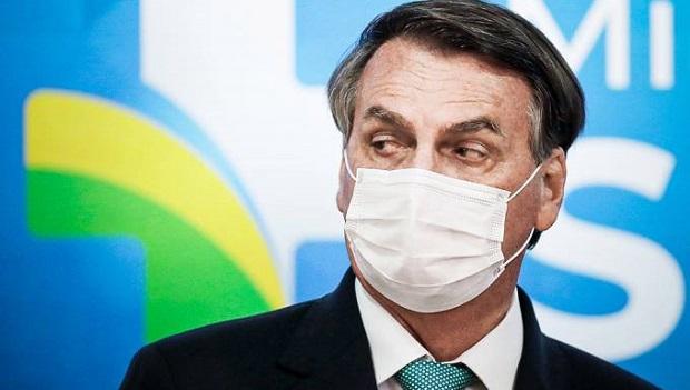 Alexandre de Moraes inclui Bolsonaro no inquérito das fake news