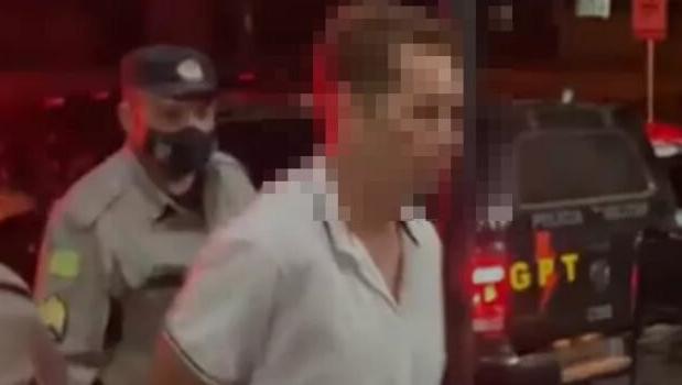 Polícia prende homem suspeito de agredir esposa por quatro horas em Posse