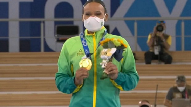 Rebeca Andrade conquista 1º ouro da história da ginástica feminina brasileira em Olimpíadas
