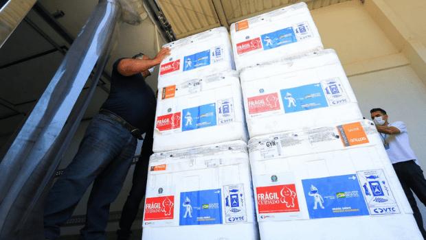 Governo de Goiás recebe 211.400 novas doses de vacina da Coronavac