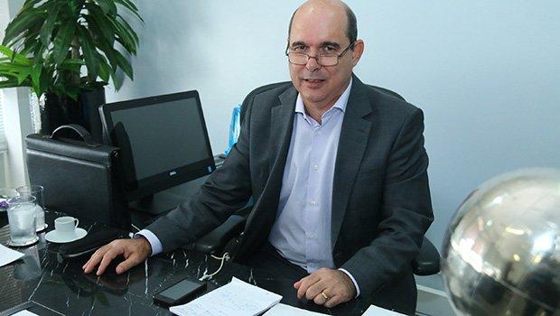 Presidente da Celg T tem número e foto utilizados em golpe do WhatsApp