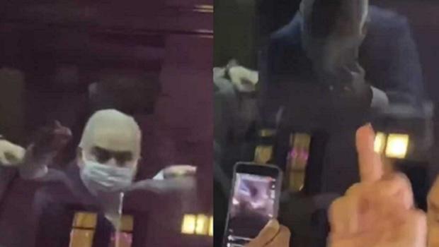 Vídeo: veja o momento em que o ministro da Saúde reage com gesto obsceno a manifestantes em NY