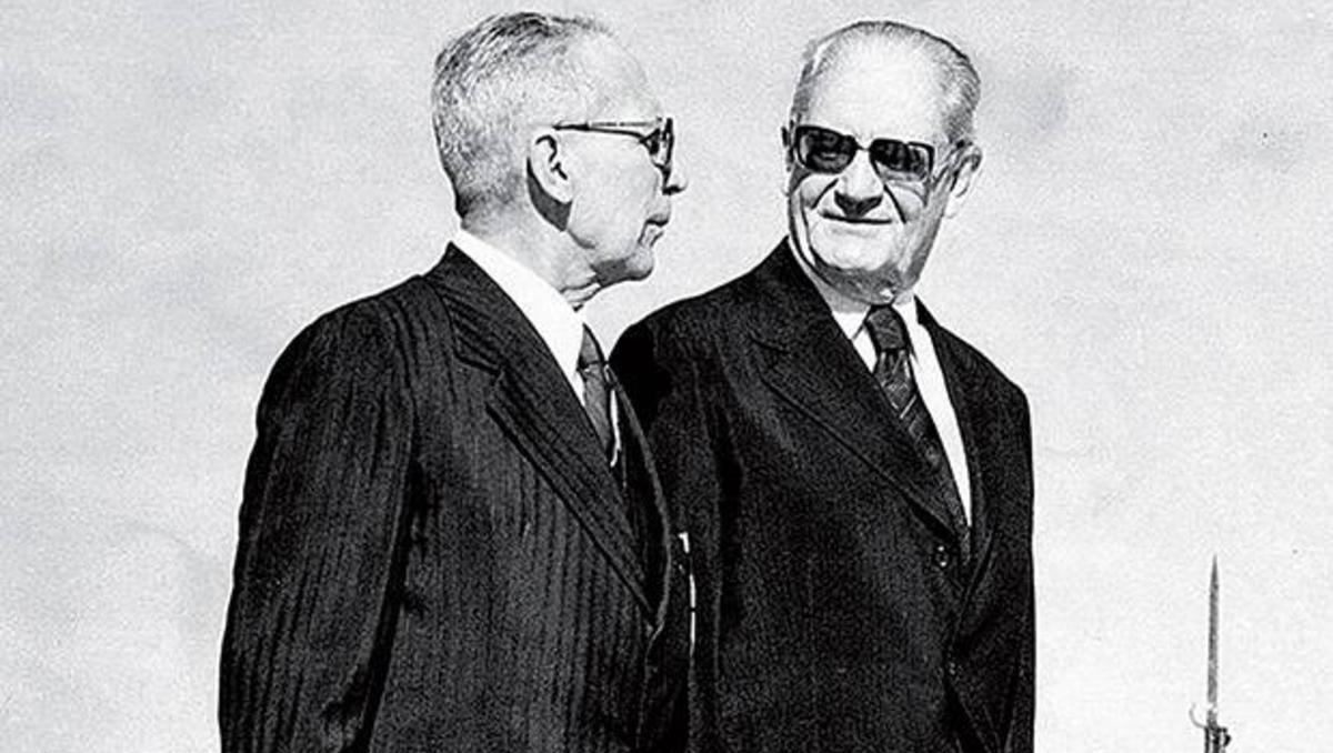 GeneralSylvio Frota tentouderrubaro presidente Ernesto Geisel pra barrar a Abertura