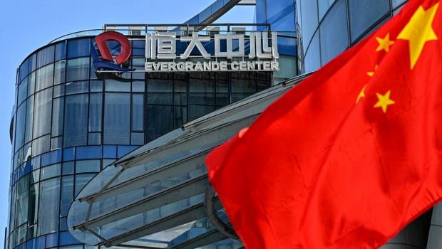 PIB da China desacelera no terceiro trimestre; economista analisa