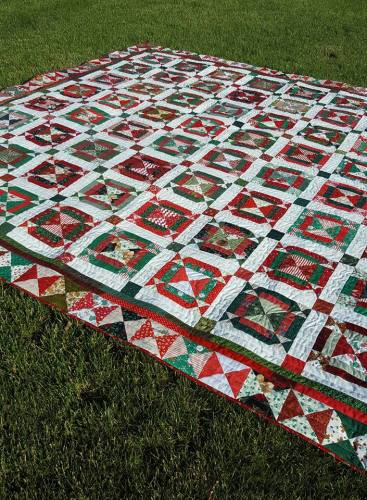 Jingle-Bell-Square-Quilt-9