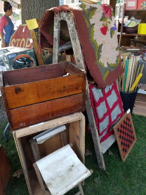 Booth 2 (300x400) (2)