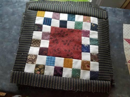 Fair-and-square-quilt-12