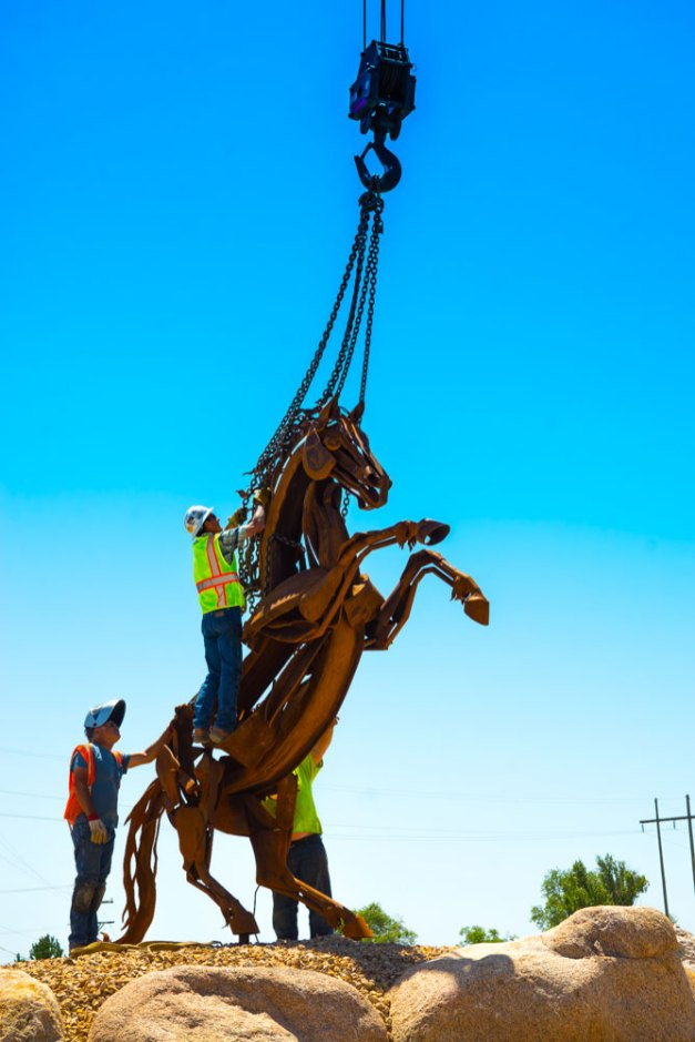 Crane-Installing-Horse-Sculpture-6532
