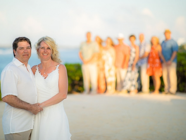 BC8A6102 640x480 c - Cayman Islands Vow Renewal