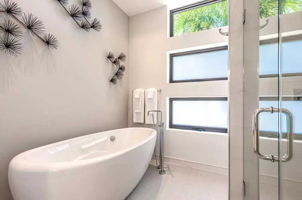 BC8A9406 HDR Edit - White Dahlia Real Estate