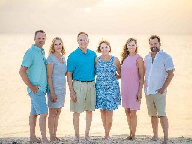 BC8A1523 640x480 c - Cayman Family Photographer