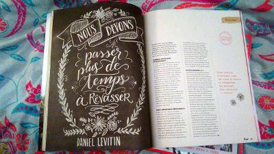 Article sur les bienfaits du rêve éveillé ou rêvasser dans Flow, revue, magazine édité chez Prisma Presse en novembre 2016.