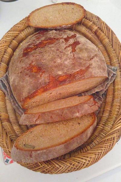 le pain à la farine de pois chiches, plein de bons nutriments pour la santé mais pas au gout des enfants...