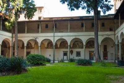 Brunelleschi Cloister at Santa Maria del Carmine.,