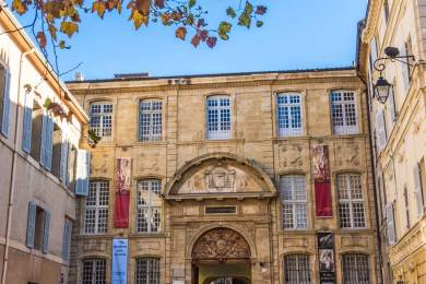FR - Aix Archbishop Palace.
