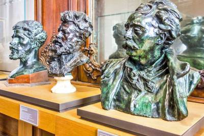 France-Paris Rodin Bronze Busts.
