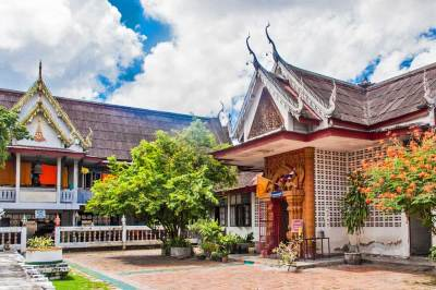 Wat Saen Fang is a serene retreat in the heart of the bustling commercial center of Chiang Mai.