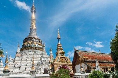 Chiang Mai-Wat Saen Fang Chedi.