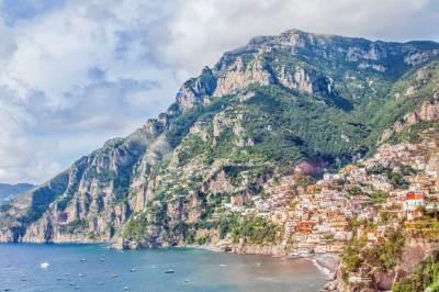 Amalfi Drive-Positano Vista.