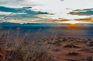 Namibia-Naukluft sunrise.