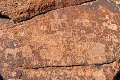 Damaraland-Twyfelfontein engravings.