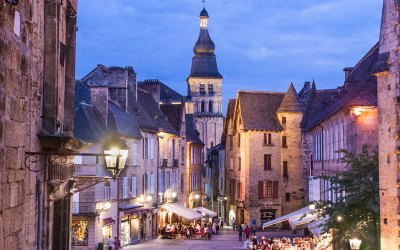 Along the Dordogne River Valley – Life in the Past Lane