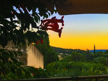 Watching the night fall on Provence, from my balcony at l'Ancienne Maison des Gardes.