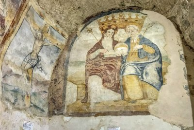 Frescoes in the early rupestrian churches of the sassi (3).