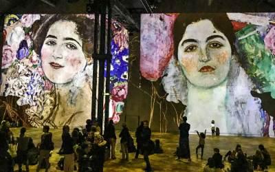 Klimt and Women (1).