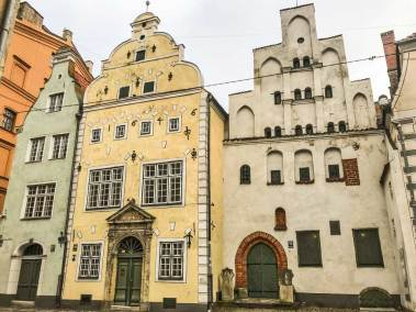 The Three Brothers at 17, 19 and 21 Maza Pilz Street (15th to 17th century) form the oldest complex of dwelling houses in Riga.