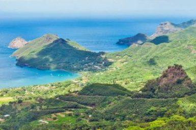 Marquesas-Nuku Hiva vistas.
