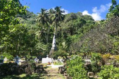 Marquesas-Hapatoni cemetery.