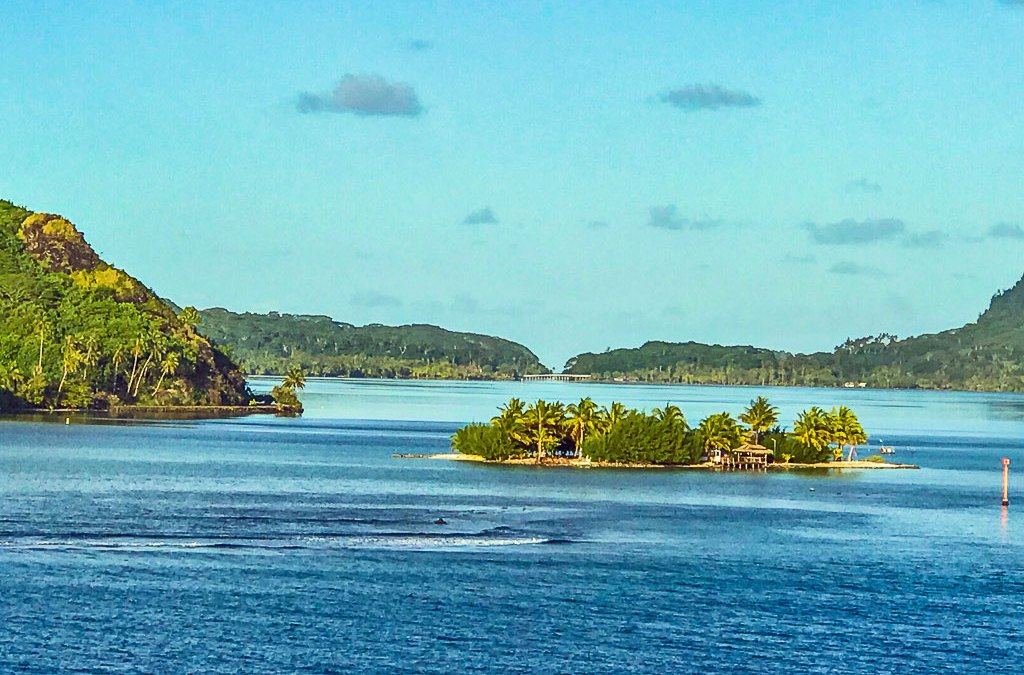 Tahiti Diary –  The Garden of Eden Islands, Huahine and Taha'a