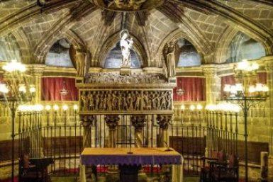 Barcelona-Saint Eulaila crypt.