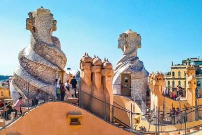 Gaudi-Pedrera terrace_3.