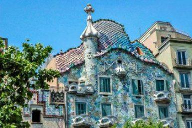 Gaudi-Casa Batlló roofline