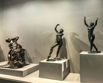 The exhibition includes several bronze statuettes by Edgar Degas (Guggenheim Museum, New York, Thannhauser Collection).