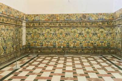 Elaborate tilework at the Alcázar.