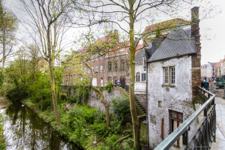 20160430 - 084300 - _MG_0814 - Brugge, dag 2 - Canon7D - +0 stop_+2 stop_-2 stopEnhancer01