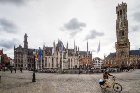 20160430 - 085550 - _MG_0817 - Brugge, dag 2 - Canon7D - +0 stop_+2 stop_-2 stopEnhancer01