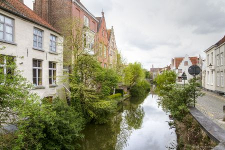 20160430 - 093313 - _MG_0842 - Brugge, dag 2 - Canon7D - +0 stop_+2 stop_-2 stopEnhancer01