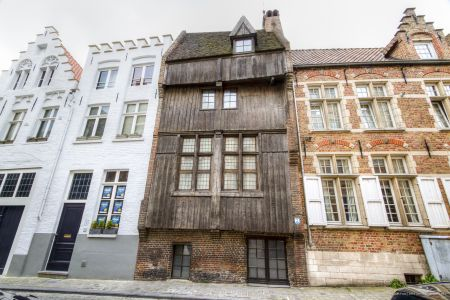 20160430 - 093521 - _MG_0843 - Brugge, dag 2 - Canon7D - +0 stop_+2 stop_-2 stopEnhancer01