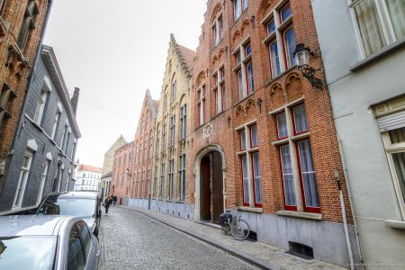 20160430 - 093621 - _MG_0844 - Brugge, dag 2 - Canon7D - +0 stop_+2 stop_-2 stopEnhancer01