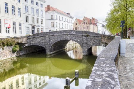 20160430 - 094142 - _MG_0849 - Brugge, dag 2 - Canon7D - +0 stop_+2 stop_-2 stopEnhancer01