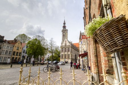 20160430 - 100039 - _MG_0870 - Brugge, dag 2 - Canon7D - +0 stop_+2 stop_-2 stopEnhancer01