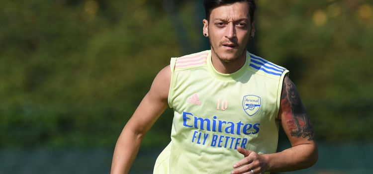 Arsenal key player Mesut Ozil consider dropping from Gunners Europa league squared