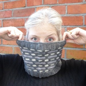 Jo Torr English Bond slipped stitch cowl