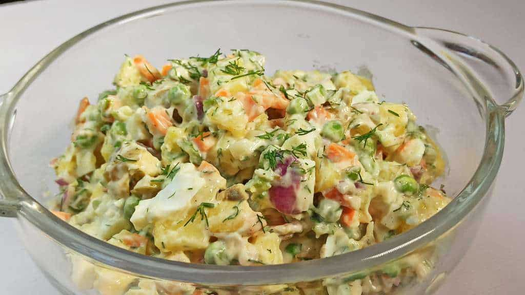 Best Easy Homemade Potato Salad Recipe with Egg, Mayo and Dill